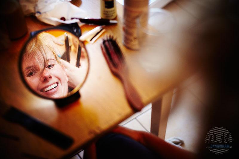 Zdjęcia Młodej Pani z lusterkiem