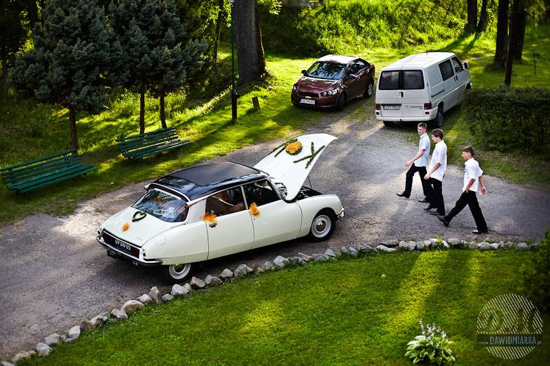 Zdjęcia samochodu do ślubu