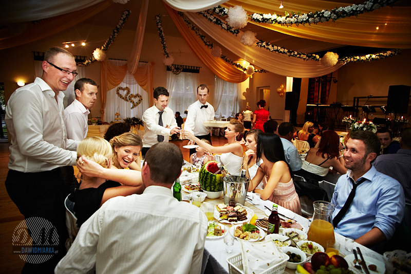 Zdjęcia z toastów weselnych