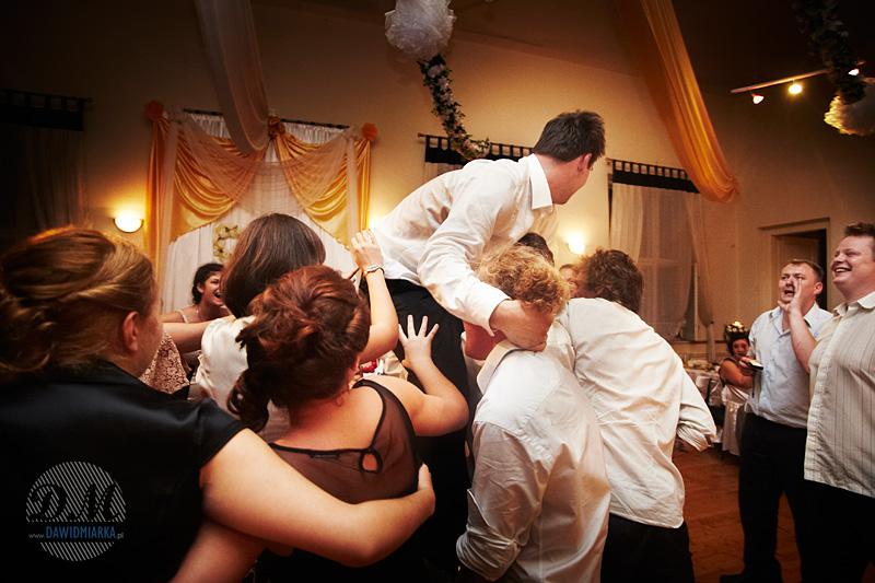 Reportaż z oczepin na weselu