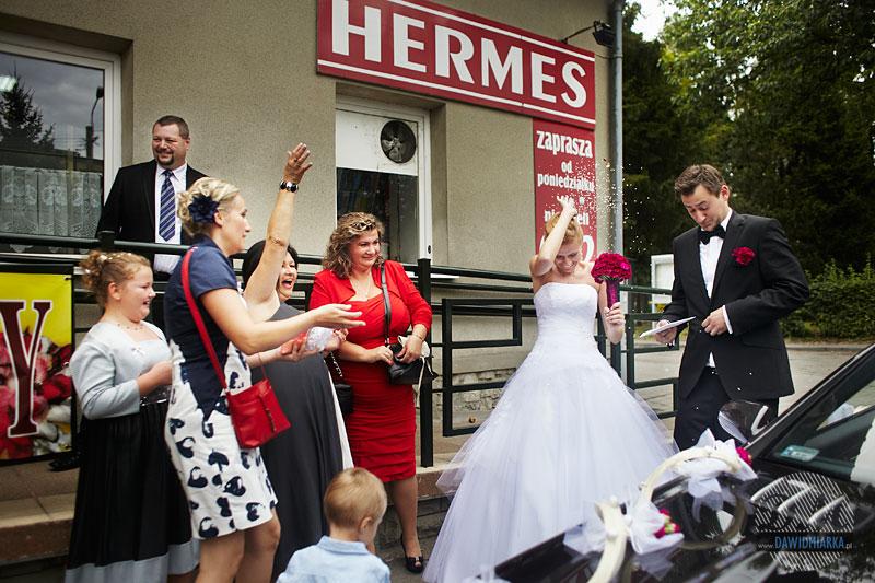 Przyjazd pod salę weselną