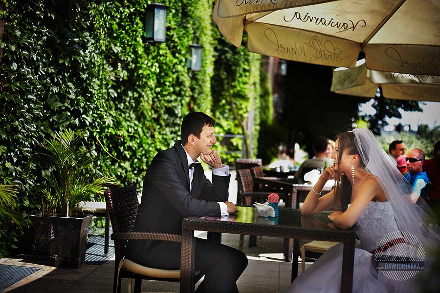 Zdjęcie plenerowe w Kawiarni na Wawelu.