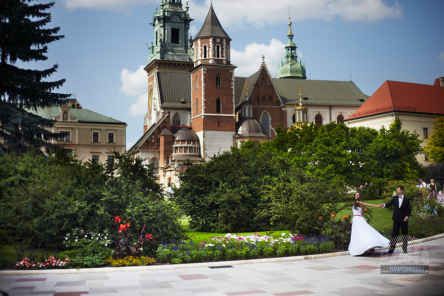 Wawel w Krakowie z widokiem na Katedrę.