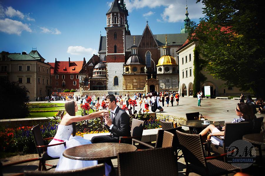 Kawiarnia na Wawelu. Plener ślubny.