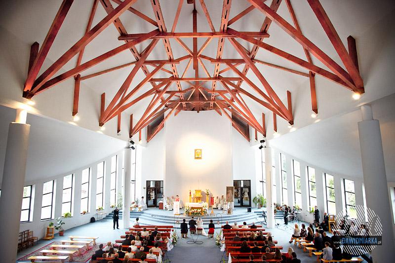 Kościół Matki Bożej Pocieszenia w Krakowie fotografia ślubna